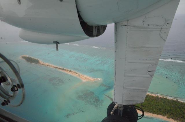 Mange små, både bebodde og ubebodde koralløyer