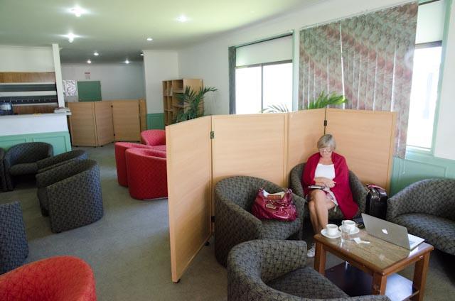 På VIP-lounge i Tongatapu International Airport
